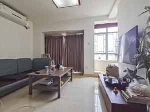80后街 4室2厅 55.39㎡_深圳龙岗区布吉关二手房图片