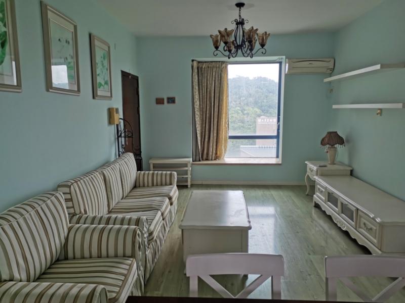 天健世纪花园南区 2室1厅 76㎡ 整租_天健世纪花园南区租房客厅图片1