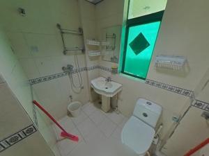 东部阳光花园 3室2厅 89㎡ 整租_东部阳光花园租房卫生间图片18