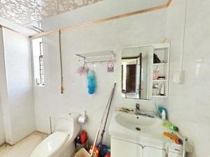 悦城花园一期 4室2厅 140㎡ 整租_悦城花园一期租房卫生间图片15