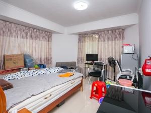 可园六期 6室2厅 149㎡ 精装_可园六期二手房卧室图片6